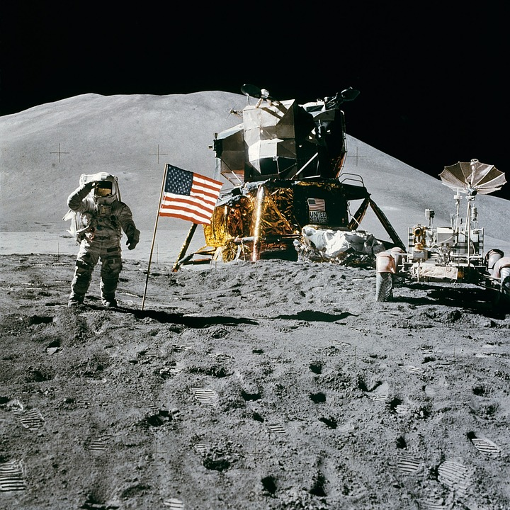 moon landing – Top Tools for Creating Winning Landing Pages